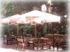 Restauracja Olsztyn Noclegi SAK pod parasolem i w ciepłe dni pijemy piwko